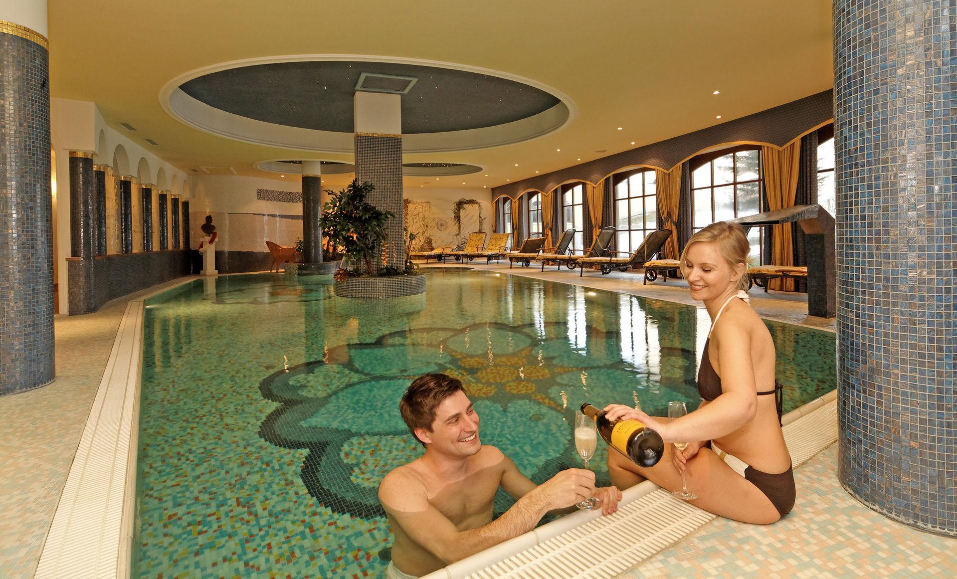 Willkommen im 4 sterne wellnesshotel parkschl ssl thyrnau passau niederbayern wellnessurlaub for Wellnesshotel nahe gottingen